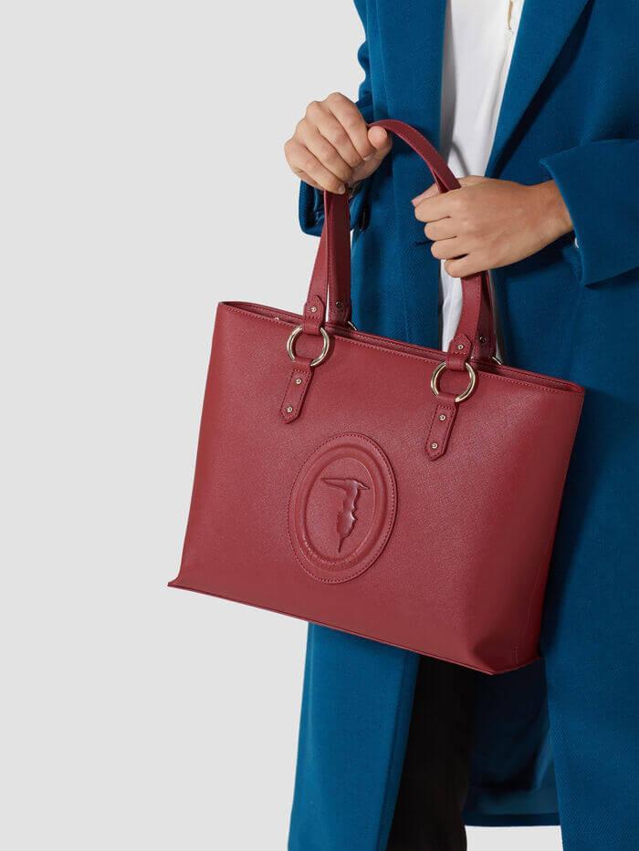 Shopper bag: 5 proposte disinvolte, pratiche e chic