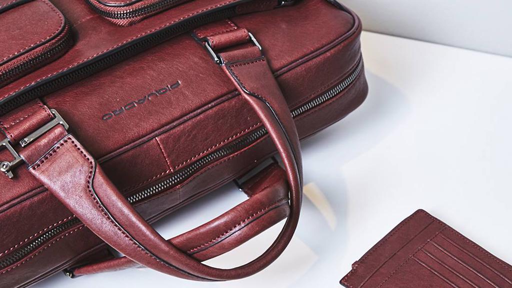 Le borse da lavoro da uomo firmate Piquadro  qualità e innovazione 410a255f2b1